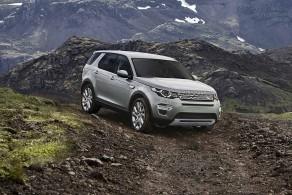 Tähän autoon laskee Land Rover myynti toiveensa. Land Rover Discovery Sport.
