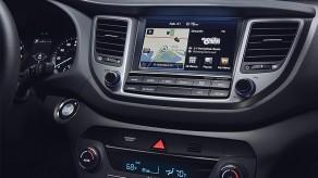 2016-hyundai-tucson-int-26-8-inch-touchscreen-navigation